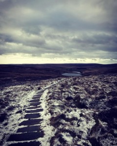Running down to Walshaw Reservoir from Top Withins